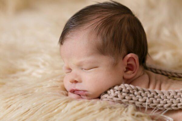 Despre somnul bebelusilor – metode pozitive pentru un somn liniștit