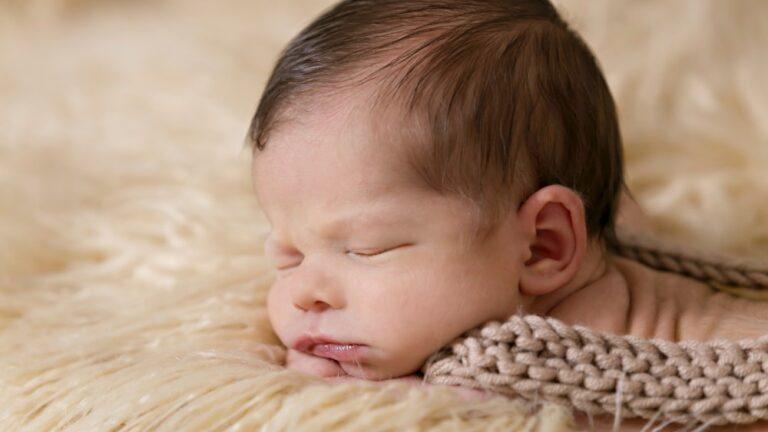 Despre somnul bebelusilor