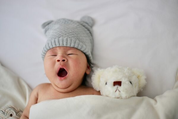 Somnul bebelusilor si de ce anume ai nevoie (P)