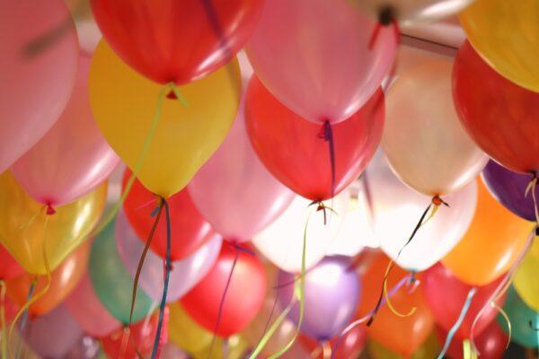 Experiment – Baloane și țepușe