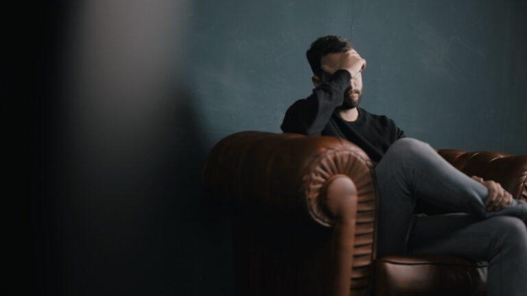 Barbații și mersul la psiholog