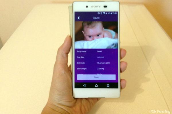 Aplicatie pe telefon pentru a urmari dezvoltarea bebelusului (P)