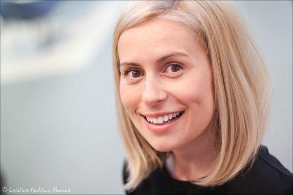 Cum mi-am facut blog de blonde care gandesc