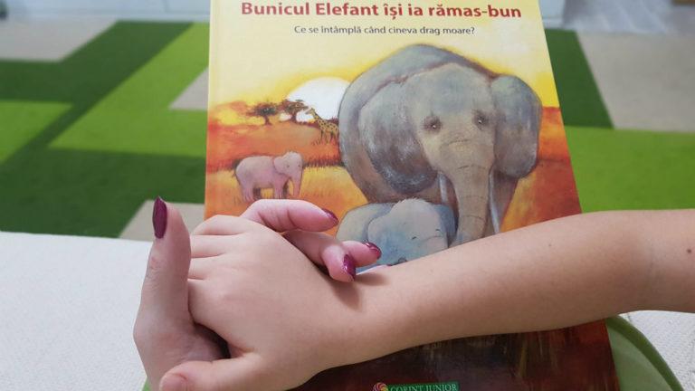 """""""Bunicul Elefant își ia rămas bun"""""""